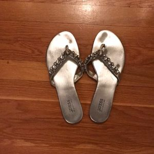 Guess fancy flip flops, silver, size 9